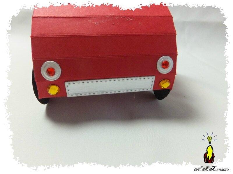 ART 2018 03 voiture rouge 6