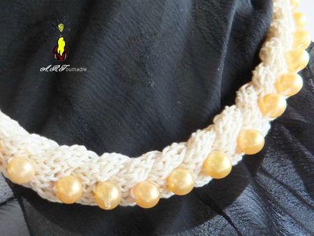 ART 2012 12 collier tricot 3