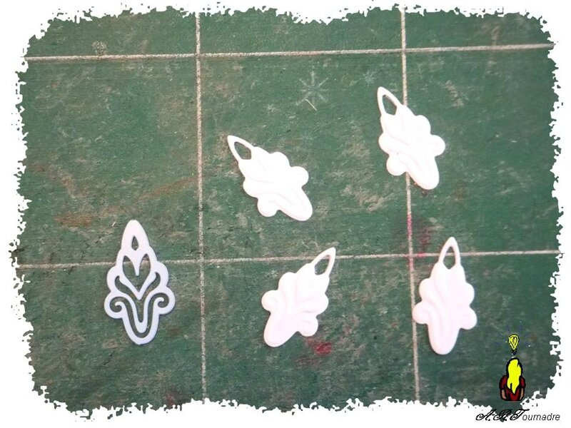 ARTicle badge - boucles 8
