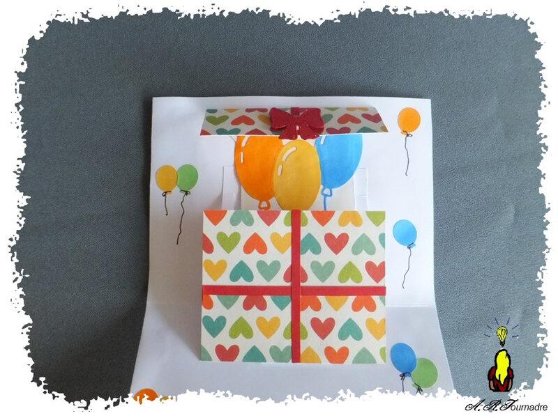 ART 2020 01 cadeau et ballons 5