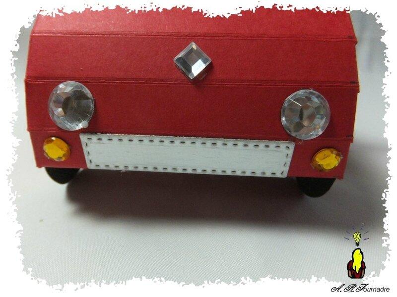 ART 2018 03 voiture rouge 5