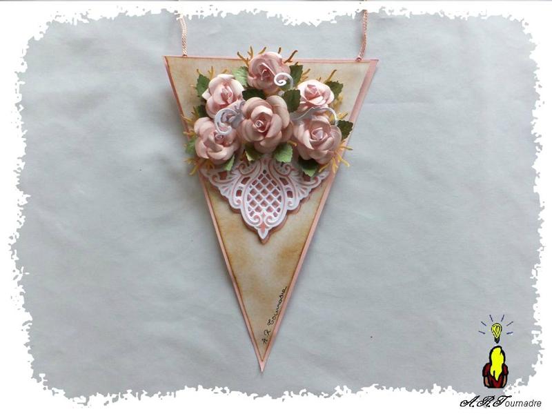 ART 2013 11 fanion roses 1