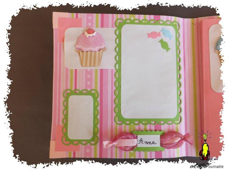 ART 2014 03 mini album cupcakes 6