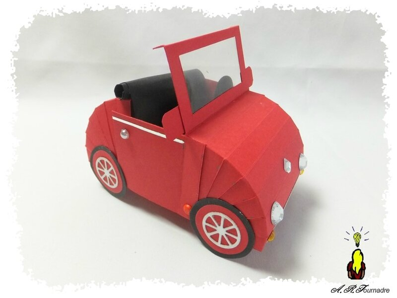 ART 2018 03 voiture rouge 1