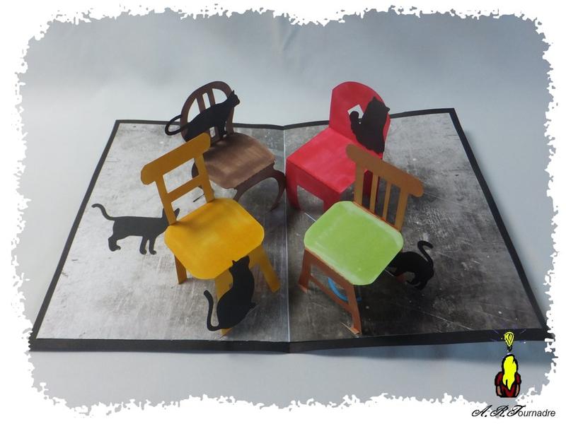 ART 2018 08 chaises aux chats pop-up 1